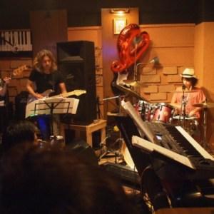 高槻 第一楽器の発表会での演奏でした。