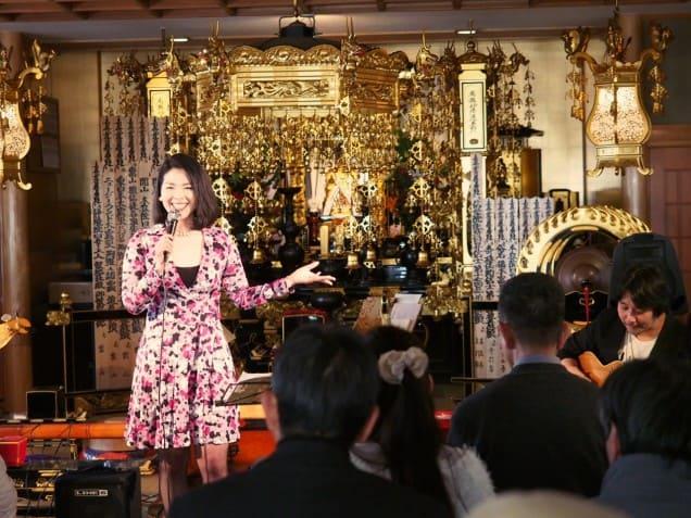阿倍野泰然寺で北牧ちかさん Neaさんとクリスマスライブでした。