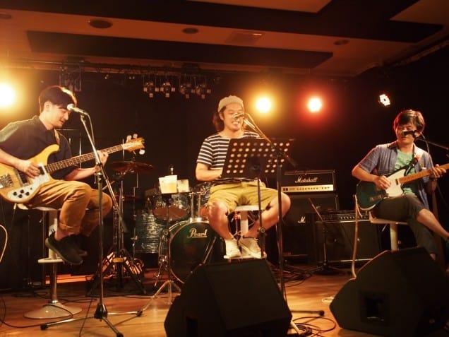 心斎橋のFootRock&BEERSにて関大軽音(栗田 裕希くん主催)のイベントでした