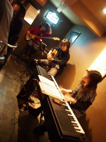 【動画】関目Beelineライブ(with 中川由美子さん 森川国彦さん)レポート