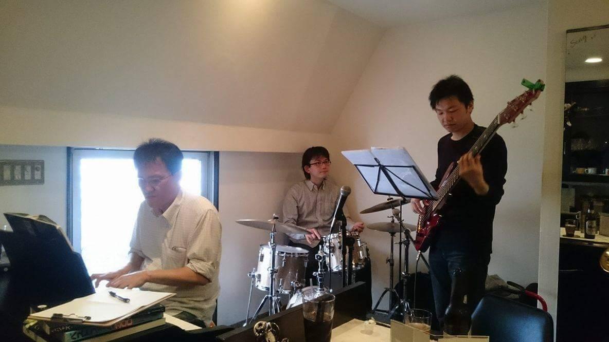 寝屋川micci倶楽部で上級者辰井さんのホストセッションでした。