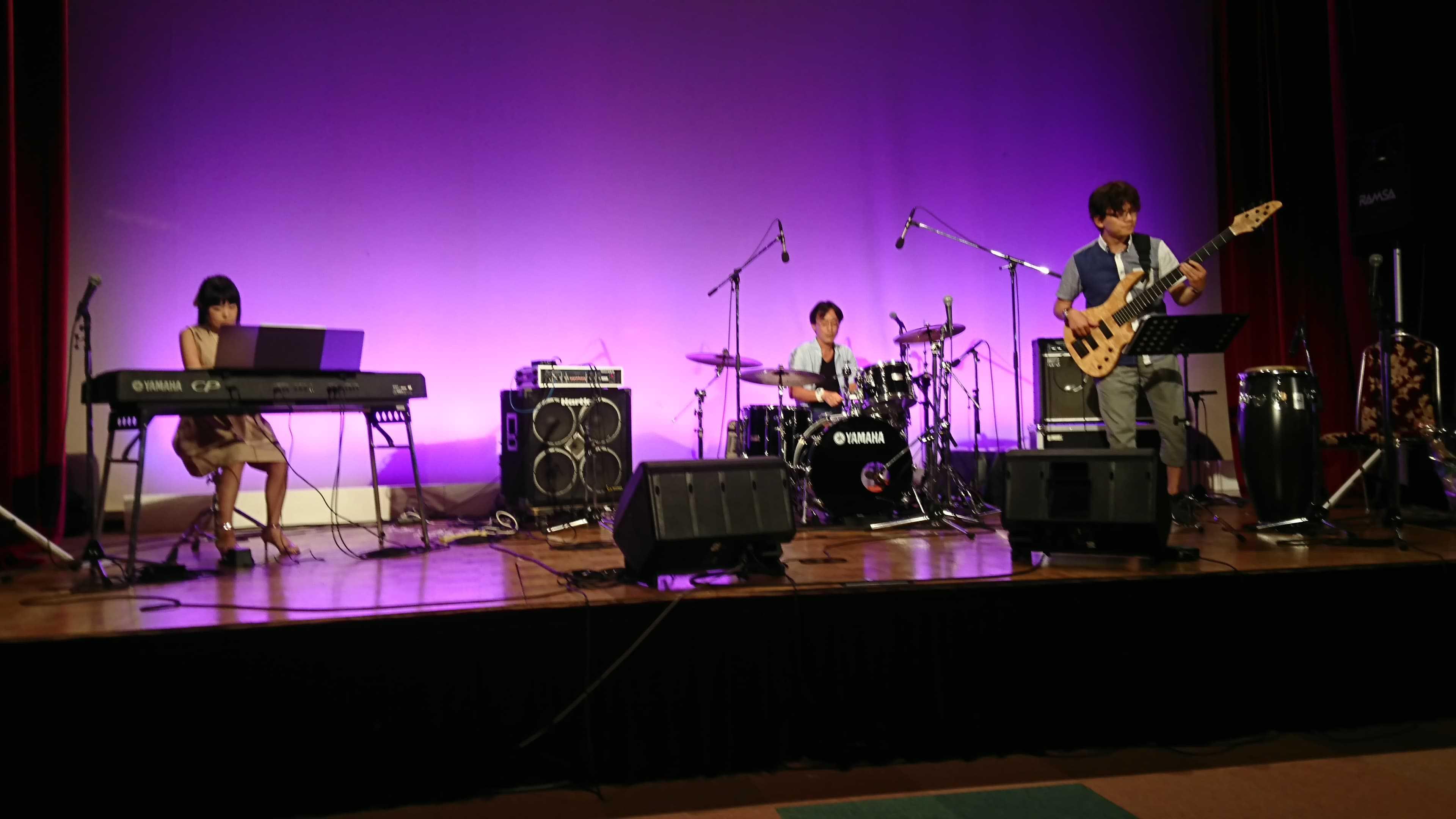 尼崎Jammerさんの10周年パーティーに小林理紗トリオで出演しました。